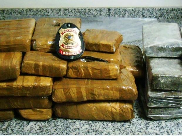 Apreensão de Maconha e Crack em Salgueiro pela PF (Foto: Divulgação/Policia Federal)