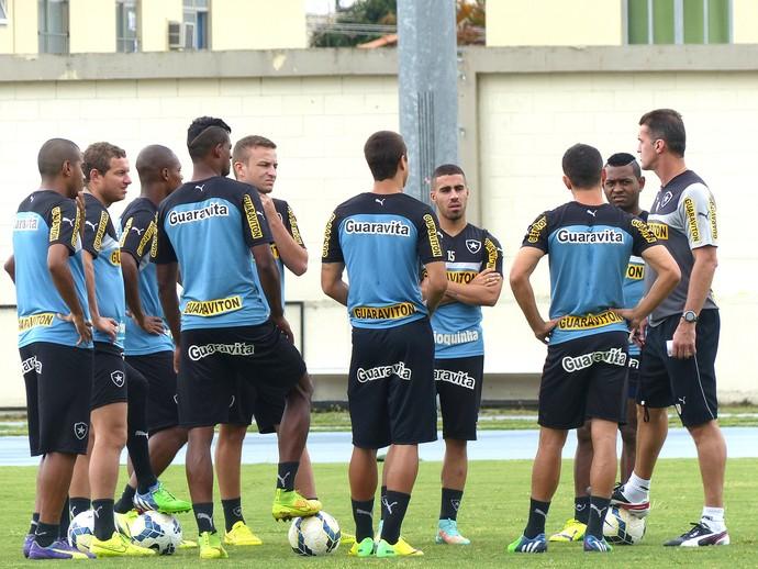 Mancini e Titulares Treino do Botafogo (Foto: Sofia Miranda)