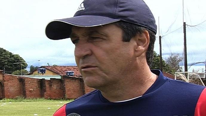 Rubens Fonseca - técnico Trindade (Foto: Reprodução / TV Anhanguera)