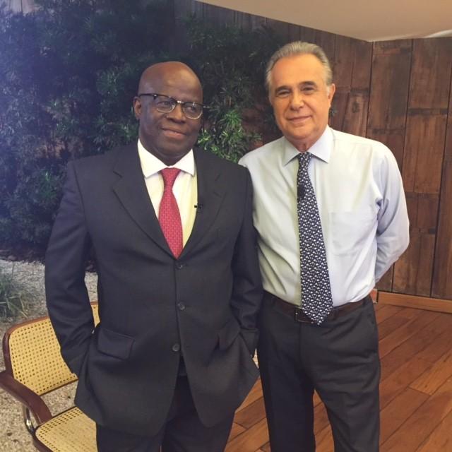 Joaquim Barbosa e Roberto D'Avila (Foto: reprodução GloboNews)