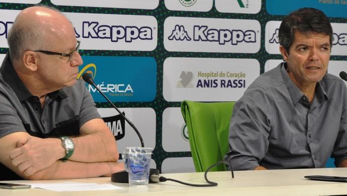 Sergio Rassi, presidente do Goiás, e Felipe Ximenes, diretor executivo de futebol (Foto: Guilherme Gonçalves/GloboEsporte.com)