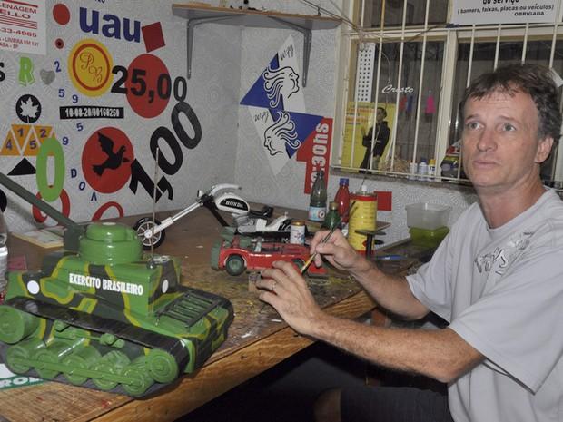 Exposição Mini Salão do Automóvel no Shopping Center Limeira (Foto: JB Anthero/Gazeta de Limeira)