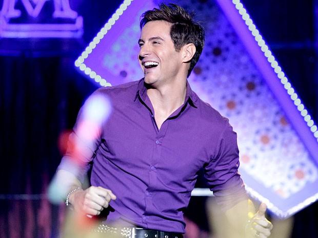 Música de Arantes ganha versão por Fabian (Foto: Cheias de Charme / TV Globo)