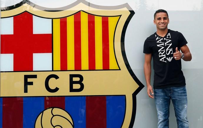 Douglas barcelona apresentação (Foto: Agência Reuters)