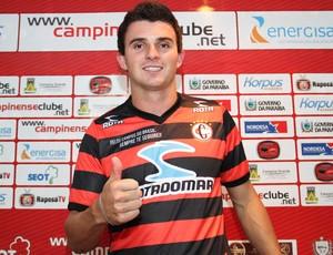 Edvânio, zagueiro do Campinense (Foto: Magnus Menezes / Jornal da Paraíba)