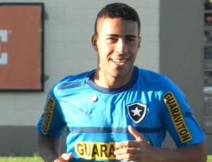 Gabriel treino Botafogo (Foto: Raphael Bózeo)