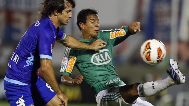 Vinicius do Palmeiras na partida contra o Tigre (Foto: Reuters)