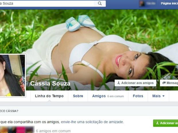 Marido conta que Cássia Souza aguardava ansiosa a chegada do primeiro filho (Foto: Reprodução/Facebook)