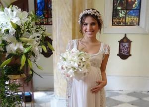 O casório foi um barraco, mas você pode copiar detalhes do vestido!  (Malhação / TV Globo)