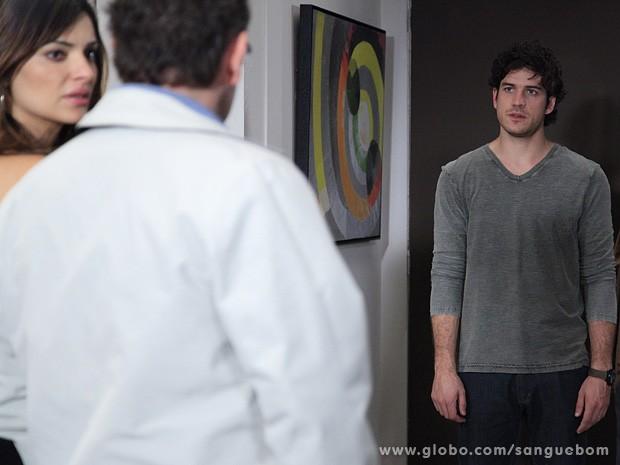 Bento fica cara a cara com Wilson, seu pai (Foto: Jacson Vogel / TV Globo)