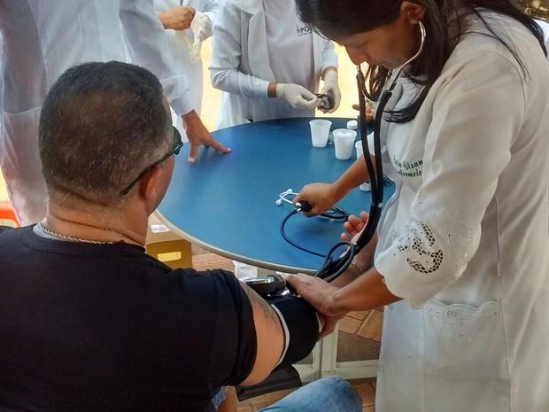 ação, saúde, teste, glicemia, pressão, macapá, amapá (Foto: Jéssica Alves/G1)