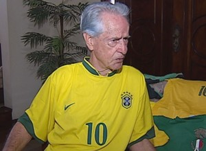 Reinaldo assistiu seis Mundiais de perto (Foto: Reprodução/ TV TEM)