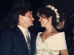 Arquivos de fotógrafos revelam destinos de noivos casados há 30 anos (Foto: TV Globo)