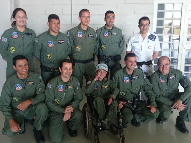 Equipe participou da missão em Bauru (Foto: Renata Marconi / G1)