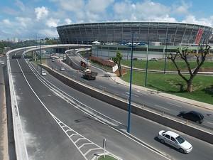 Viaduto de acesso a Arena Fonte Nova, Bahia (Foto: Lílian Marques/ G1)