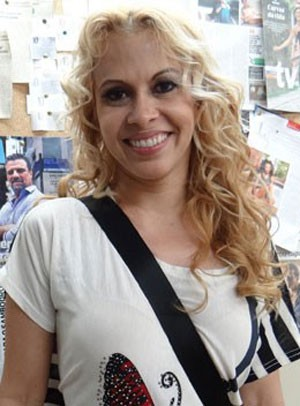 Joelma conferiu os bastidores da novela (Foto: Salve Jorge/TV Globo)