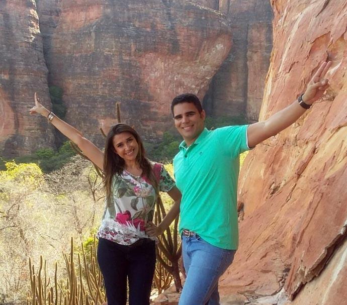 Simone e Helder gravam o Programão de Dia do Piauí com as belezas da Serra da Capivara (Foto: Gshow/Rede Clube)