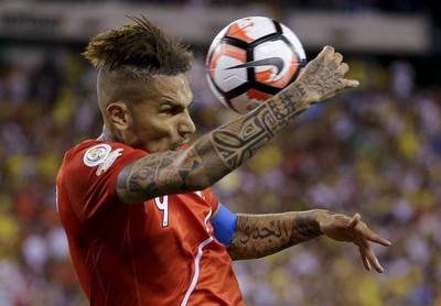Guerrero Peru x Colômbia Copa América (Foto: AP)
