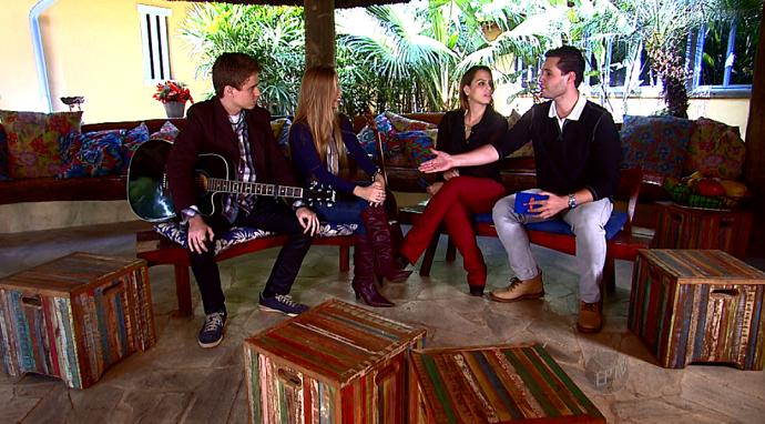 Em bate papo com Pedro e Aline, a Bruno e Camila falam sobre novos projetos (Foto: reprodução EPTV)