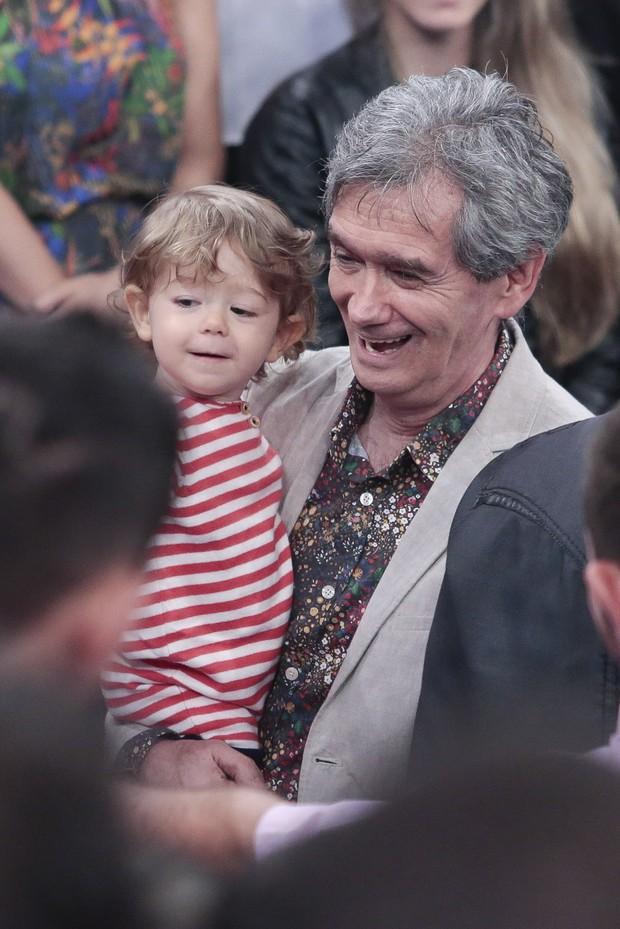 Sergio Groisman com seu Filho (Foto: Rafael Cusato / Ego)