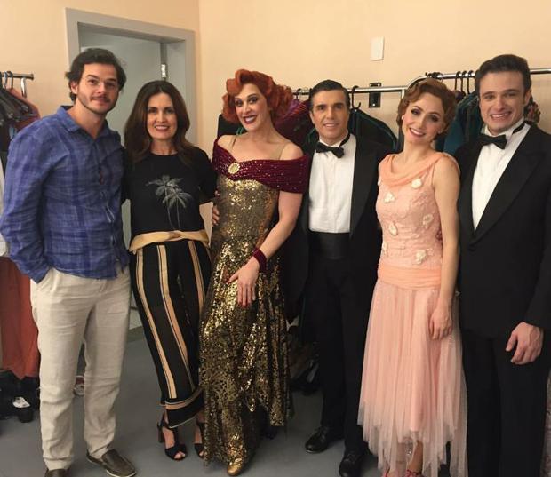 """Fátima e Túlio no musical """"Cantando na Chuva"""" de Claudia Raia e Jarbas Homem de Mello (Foto: Reprodução/Instagram)"""
