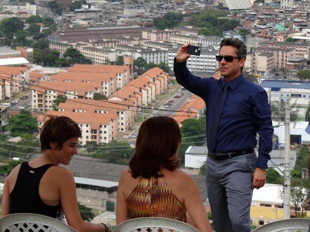 Nero fez questão de registrar a beleza da comunidade (Foto: Salve Jorge/TV Globo)