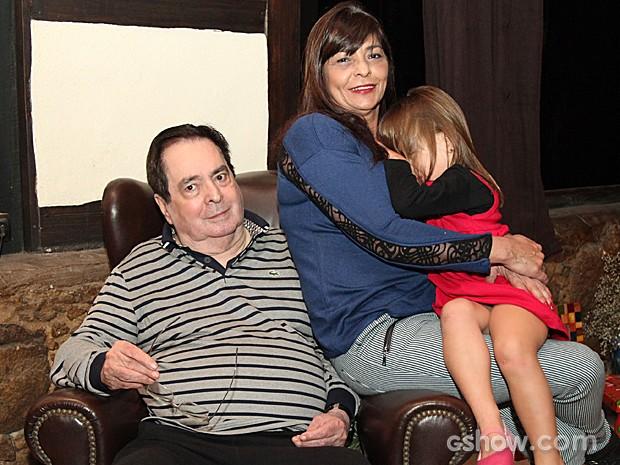 Benedito Ruy Barbosa ao lado da filha caçula e também autora, Edilene Barbosa (Foto: Camila Camacho / TV Globo)