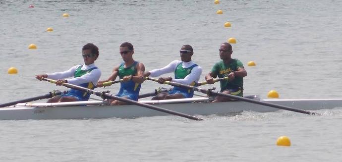 Barco quatro sem timoneiro (4-) peso leve do Brasil nos Jogos Pan-Americanos de Toronto (Foto: Divulgação/Confederação Brasileira de Remo)
