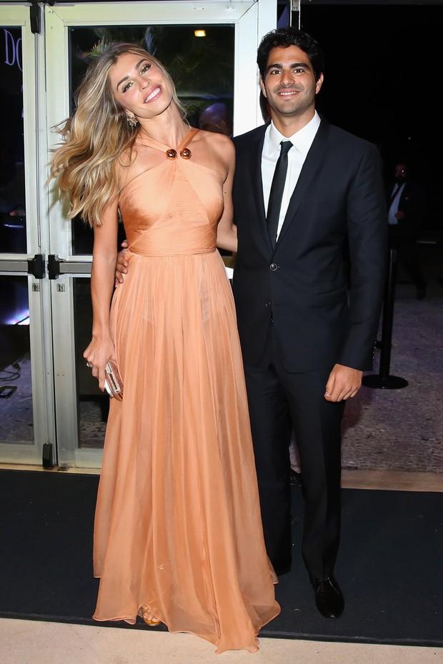 Grazi Massafera e o namorado, Patrick Bulus, em prêmio em São Paulo (Foto: Manuela Scarpa/ Brazil News)