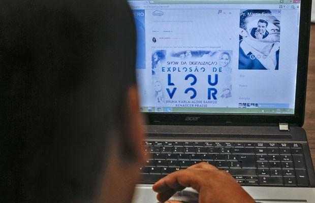FaceGlória é rede social alternativa ao Facebook para evangélicos. (Foto: Rosa Sulleiro/AFP)