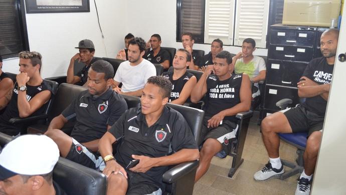 botafogo-pb viaja a Maceió (Foto: Larissa Keren / GloboEsporte.com/pb)