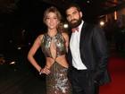 Gabriela Pugliesi usa vestido sexy em prêmio: 'Queria vir poderosa!'