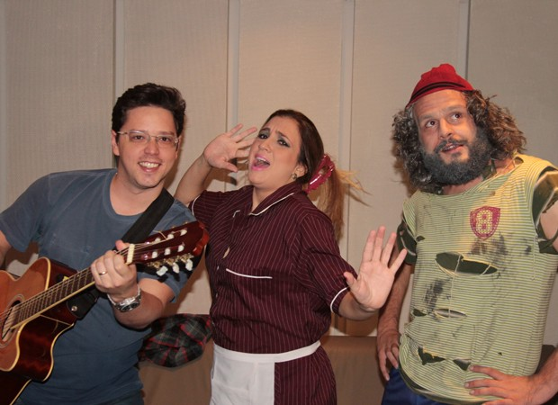 Candidatos do 'Quem Chega Lá' se divertem no dia do humorista (Foto: Marcos Mazini/Gshow)