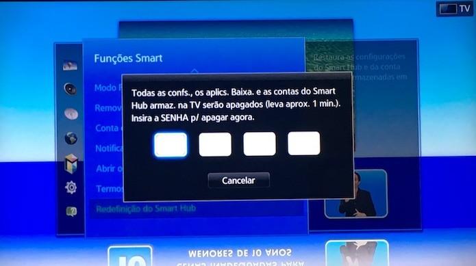 Digite a senha da sua smart TV para restaurar as configurações (Foto: Reprodução/Helito Bijora)