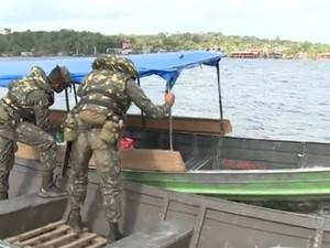 776 embarcações foram vistoriadas em Oiapoque (Foto: Reprodução/TV Amapá)