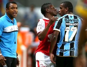 Fernando Grêmio jogo Santa Fé Libertadores (Foto: AFP)