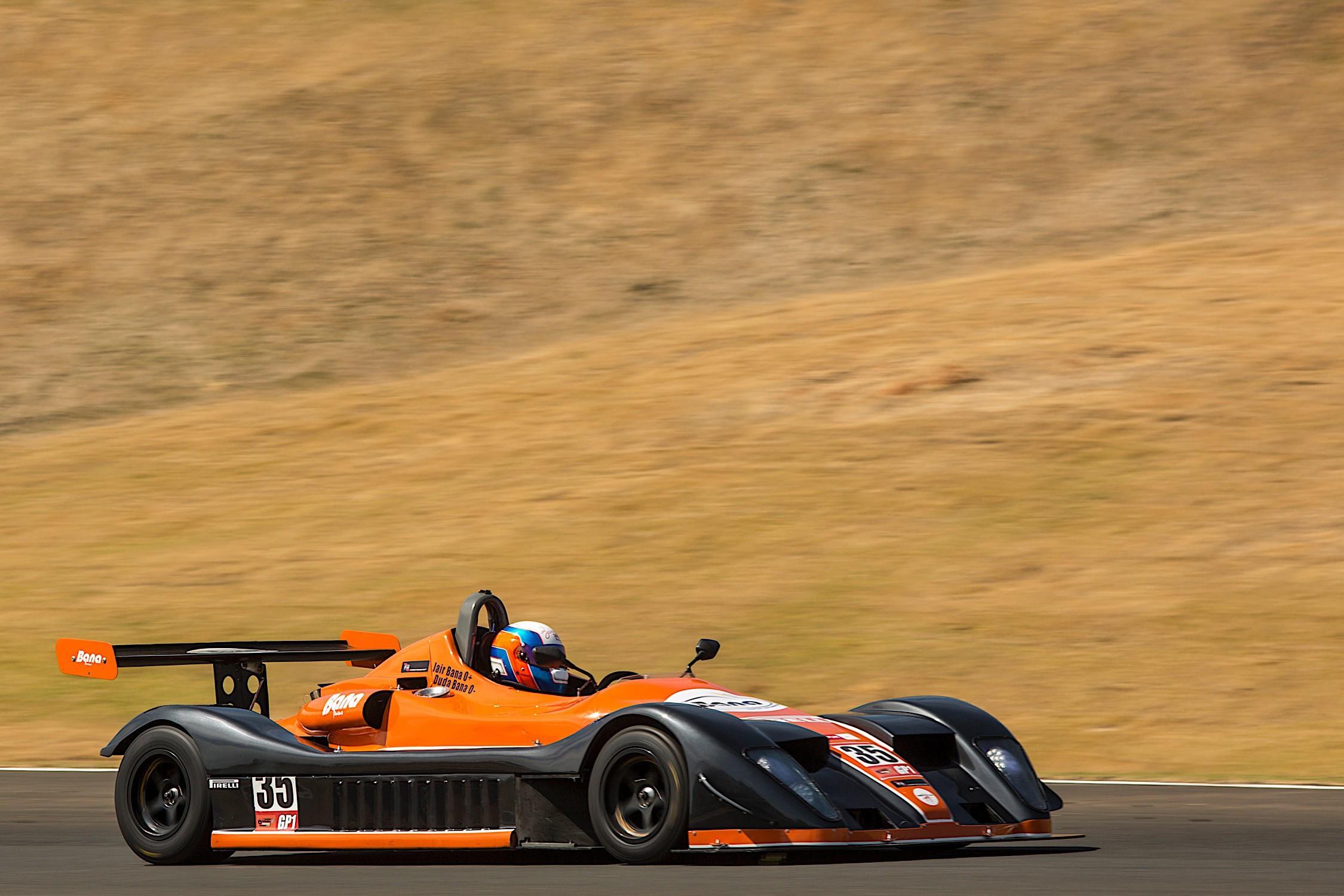 #35 dos pilotos Jair Bana_Carlos Bana (Foto: Bruno Terena)