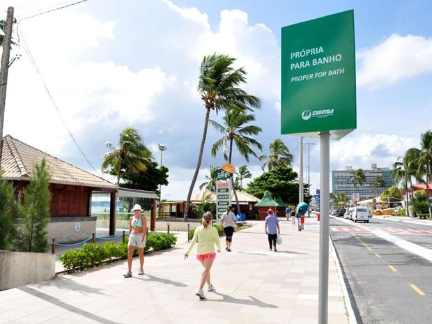 Placas de balneabilidade foram instaladas na orla de João Pessoa (Foto: Laylson Ismar/Secom-PB)