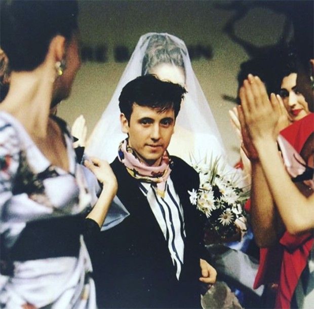 That was then - Herve Pierre at the start of his career as design director of Balmain in 1992 - already with a Hermes scarf and daisy lapel 25 years ago! And finally this week launching his own line with partner Nicolas Caito. (Foto: @suzymenkesvogue)