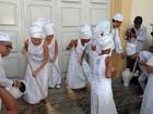 Lavagem do pátio da igreja do Senhor do Bonfim é realizada em Maceió