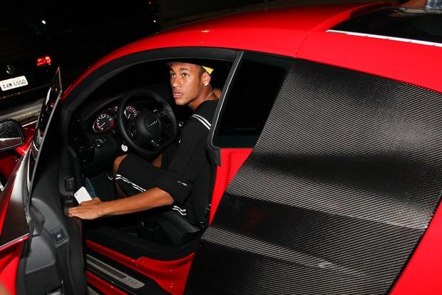 Neymar no aniversário de Thiaguinho em São Paulo (Foto: Manuela Scarpa/ Foto Rio News)