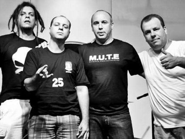 Integrantes da banda M.U.T.E em foto para o novo CD (Foto: Divulgação)