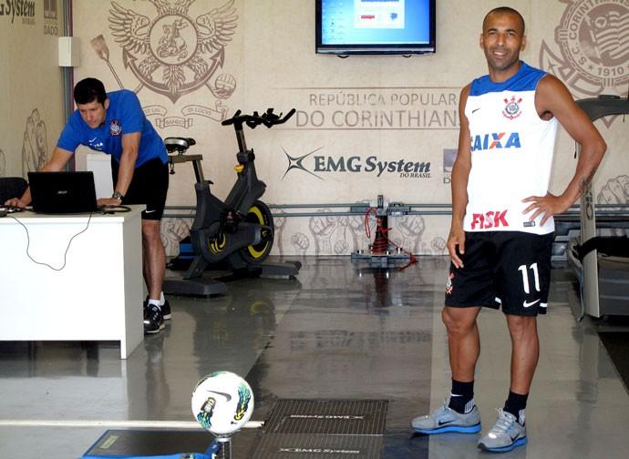 Emerson Sheik Corinthians treino (Foto: Rodrigo Faber )