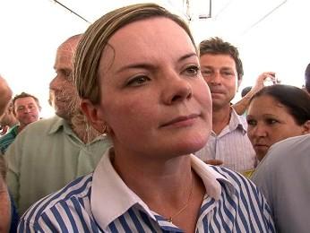 Gleisi Hoffmann em inauguração de conjunto habitacional em Umuarama (Foto: Reprodução RPC TV Noroeste)