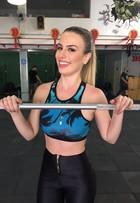 Fernanda Keulla pratica crossfit e diz: 'Quero chegar aos 54kg e vestir 36'