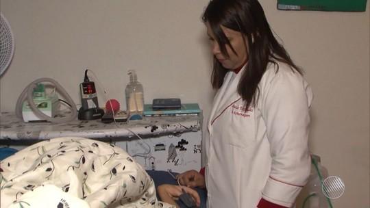Família de jovem com doença rara faz campanha para custear tratamento