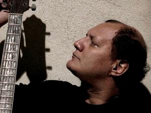O guitarrista Léo Barreto (Foto: Divulgação)