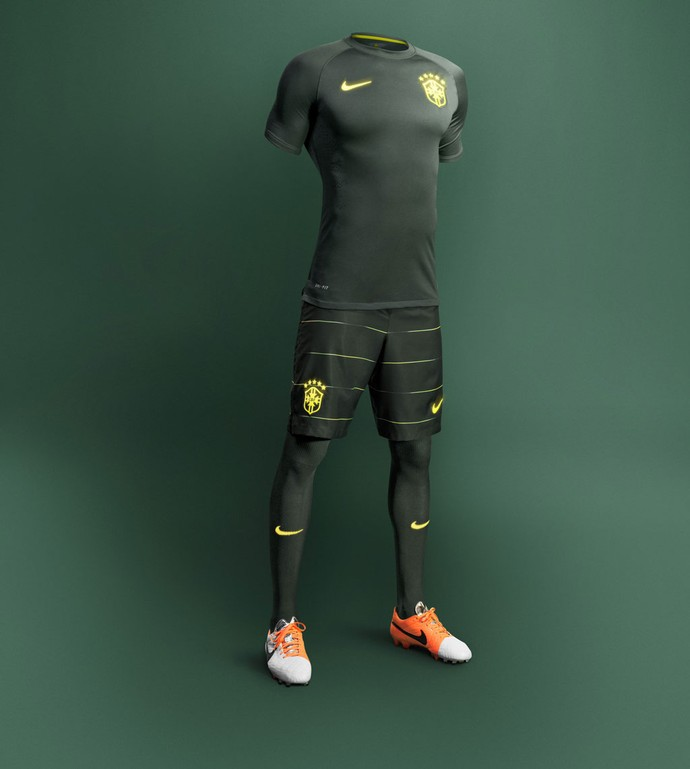 lançamento terceiro uniforme da Seleção brasileira 2014 (Foto  Divulgação) 7c97f8271b2e2