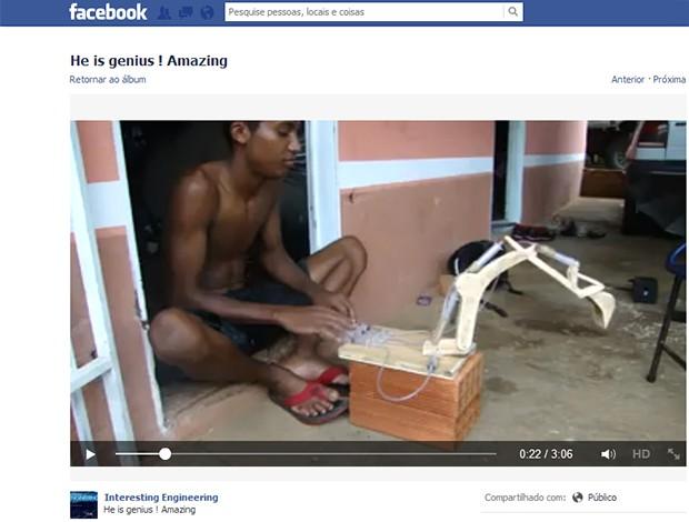 Jovem do Tocantins foi chamado de gênio, em página internacional do Facebook (Foto: Reprodução/Facebook)