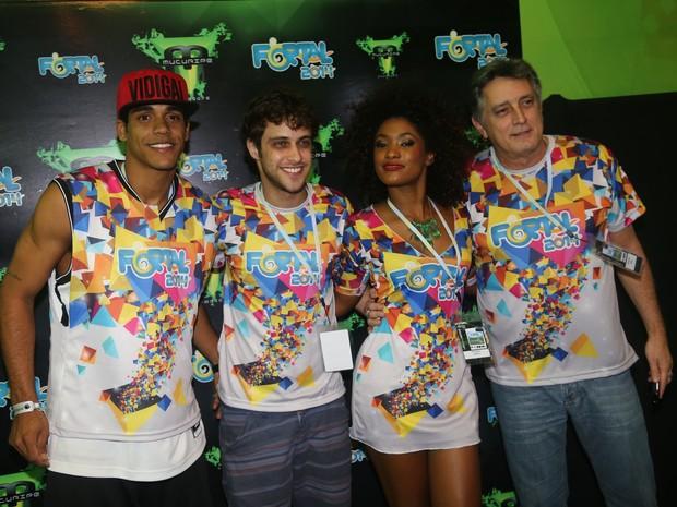 Marcello Melo Jr., Ronny Kriwat Erika Januza e Eduardo Galvão em micareta em Fortaleza, no Ceará (Foto: Alana Andrade/ Divulgação)